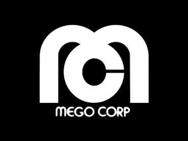 Green Lantern Mego Hitting Target